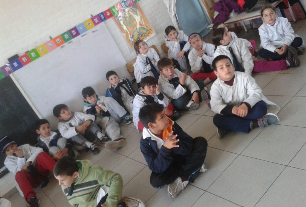 chicos participantes del programa Al Revés