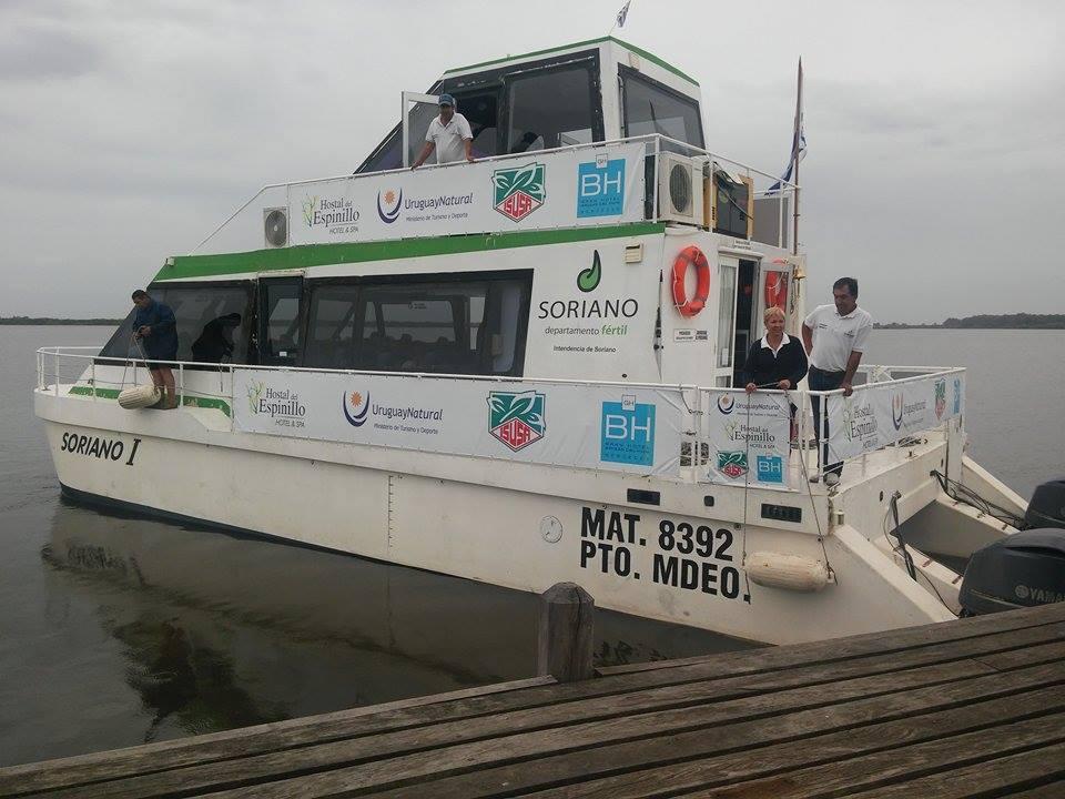 catamaran-en-villa-soriano